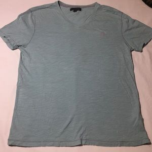 Banana Republic V Neck Tee Size Medium